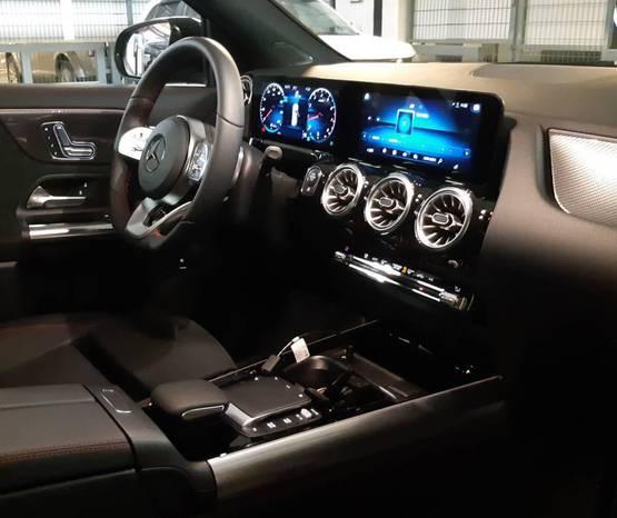 מרצדס GLA 2021 -  פנים הרכב