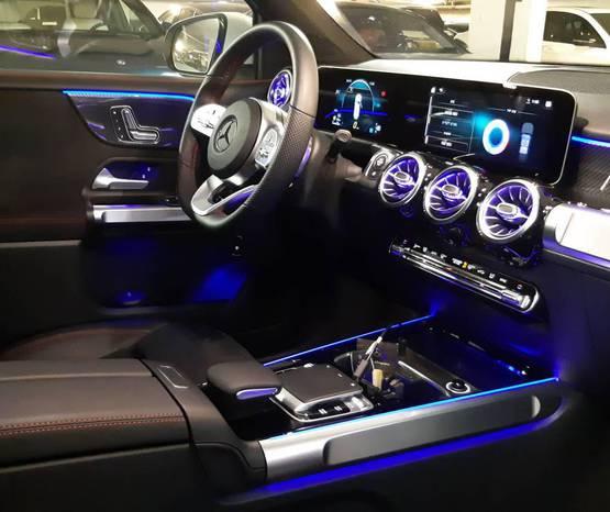 מרצדס GLB 2021 -  פנים הרכב