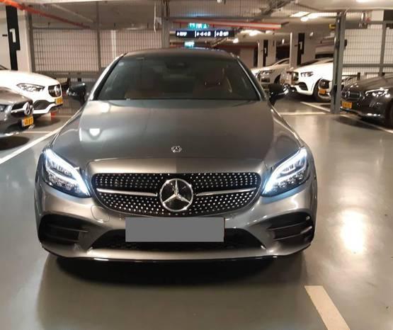 מרצדס C-Coupe 2021 -  מבט קדמי