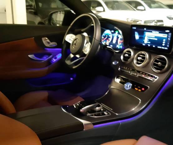 מרצדס C-Coupe 2021 -  פנים הרכב