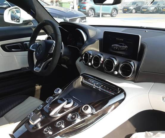 מרצדס AMG GT שנת 2015 יד ראשונה